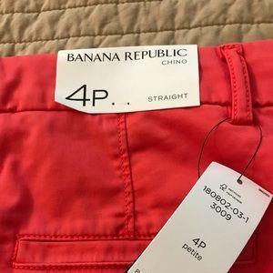 Banana Republic Straight Leg Chino size 4Petite